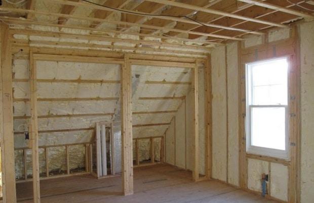 Isolation toiture giclée