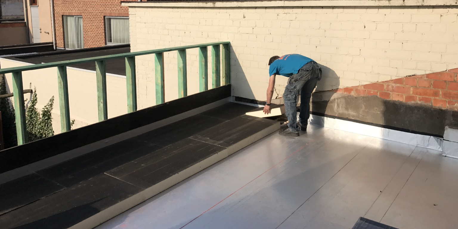 Isoler toiture plate chaude