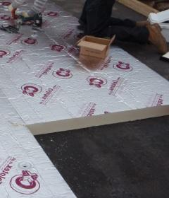 isoler le toit de l'extérieur