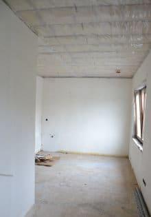 isoler toiture plate par l'intérieur